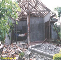 A photograph Illustrating TypicalEarthquake Damage (June 4, 2000 BengkuluEarthquake)