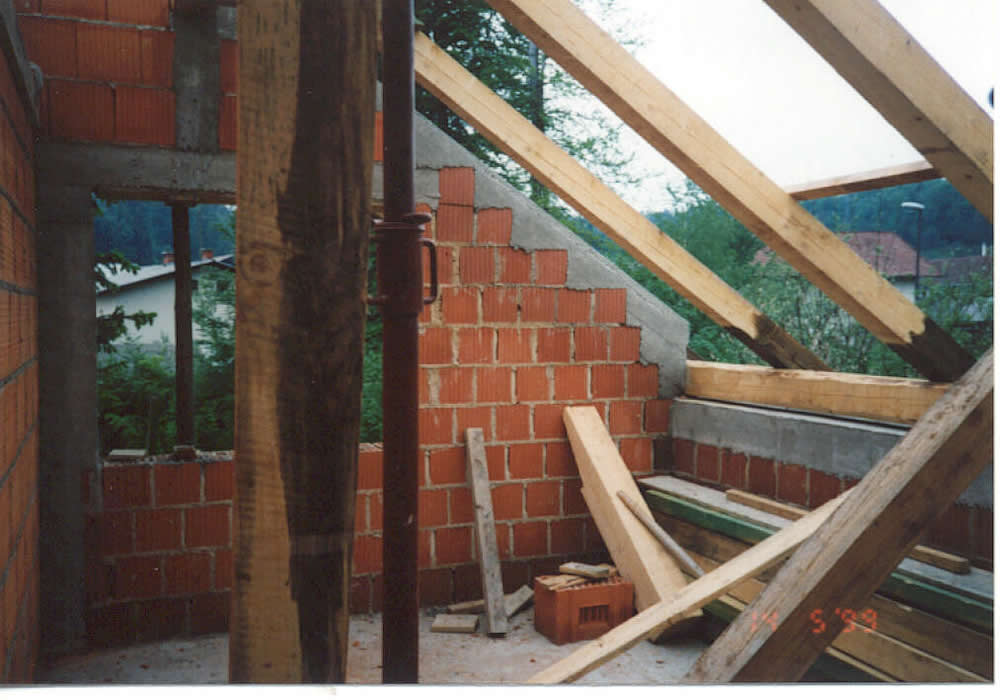 Critical Structural Details - A Typical Timber Roof and the Bond Beam (crown beam)