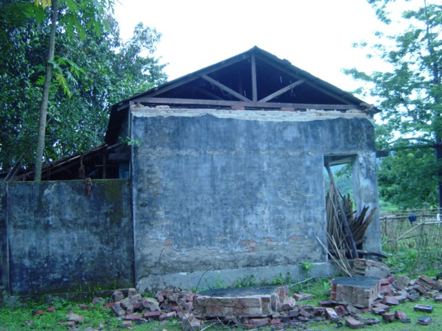 Damage due to 2003 Rangamati Earhquake