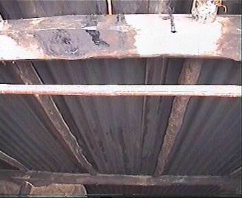 No Proper Joints between Rafters and Purlins