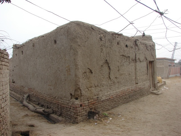 A typical adobe house, Larkana, Sindh.