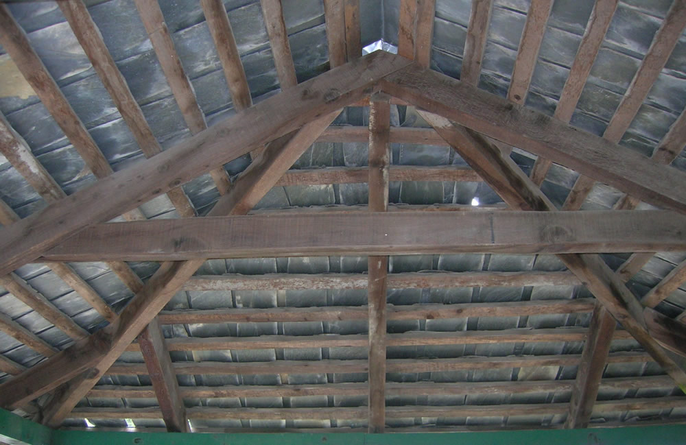 A-type frame of a hipped roof.